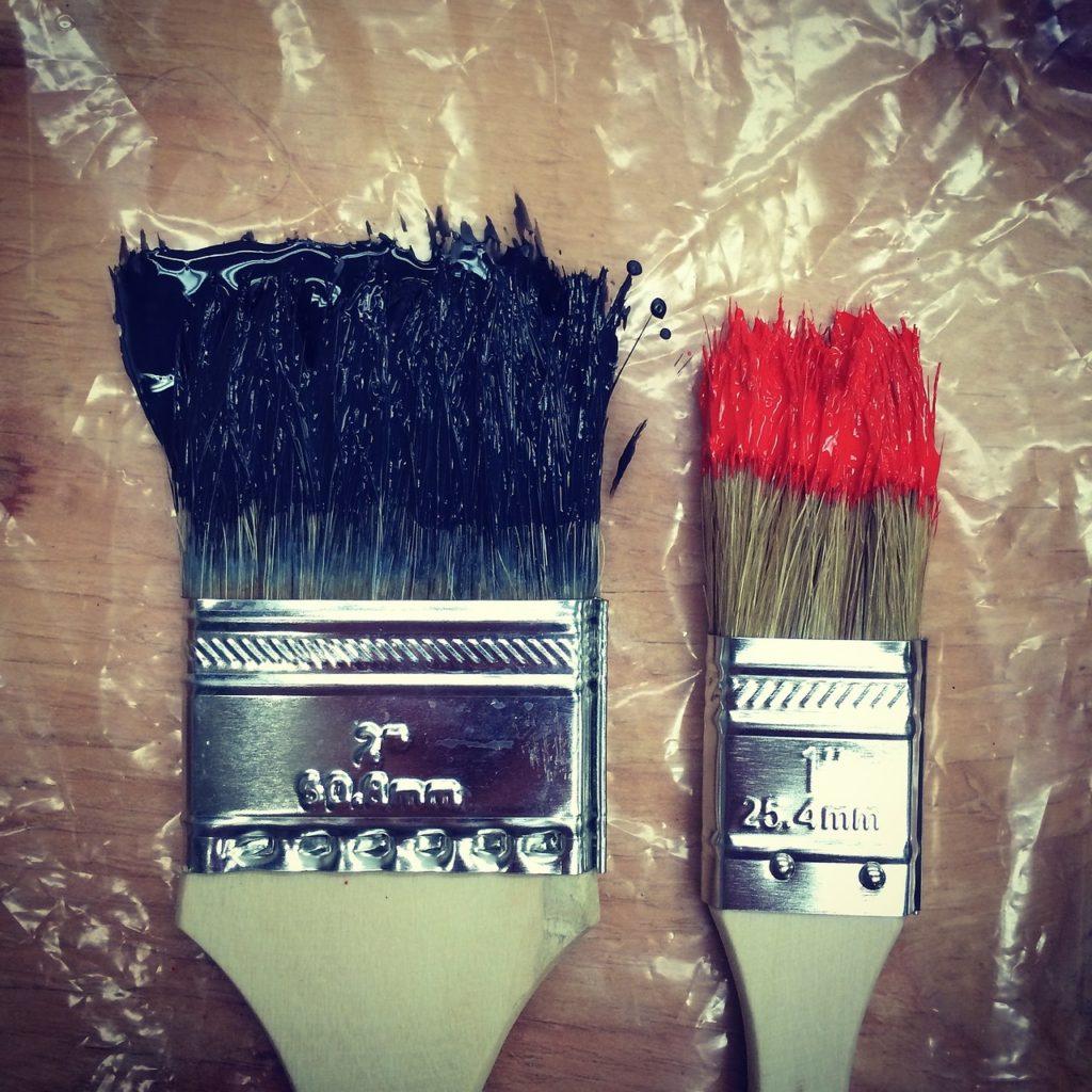 brushes-983943_1280